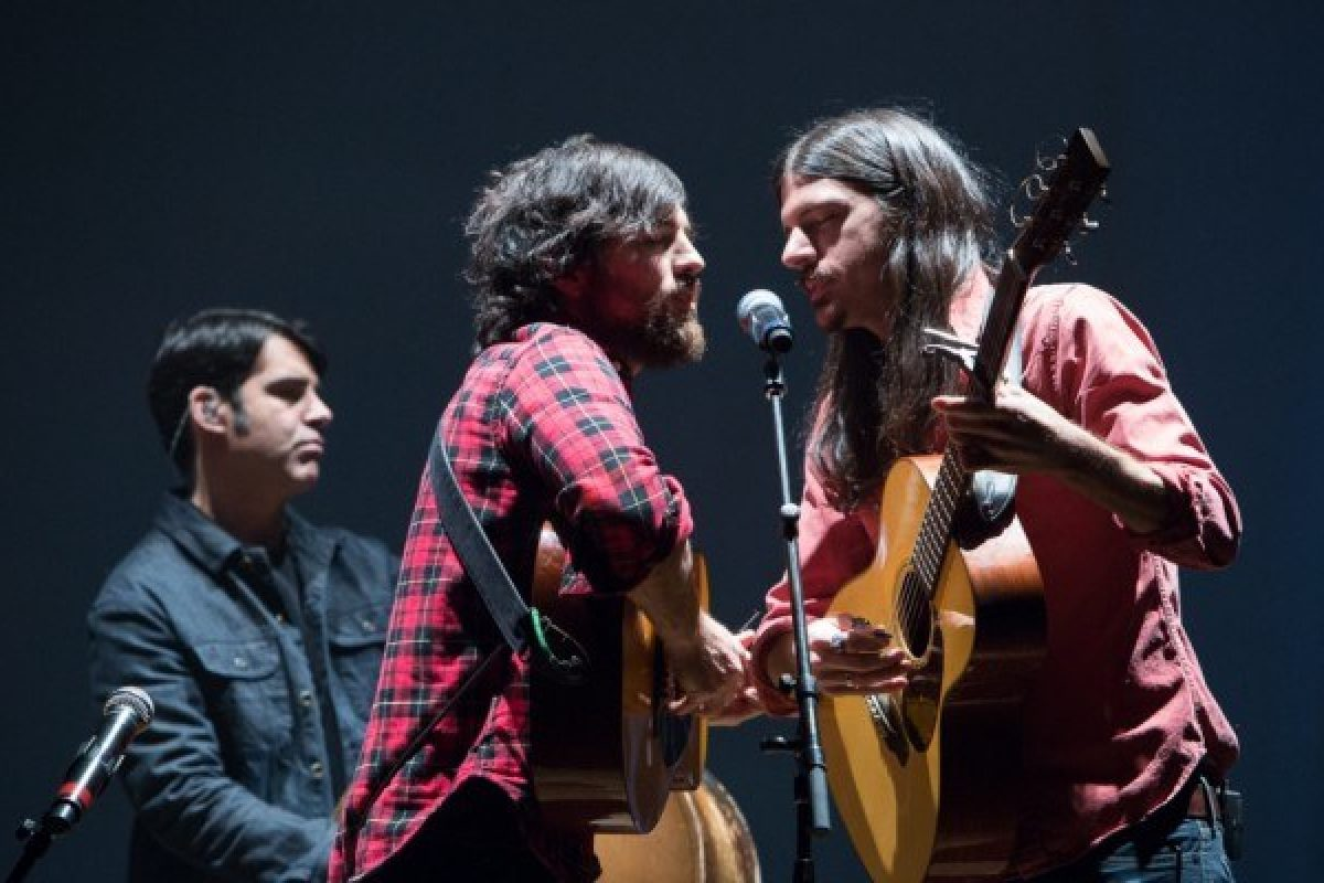 Past Performers: Avett Brothers image